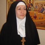 Как становятся монахинями?